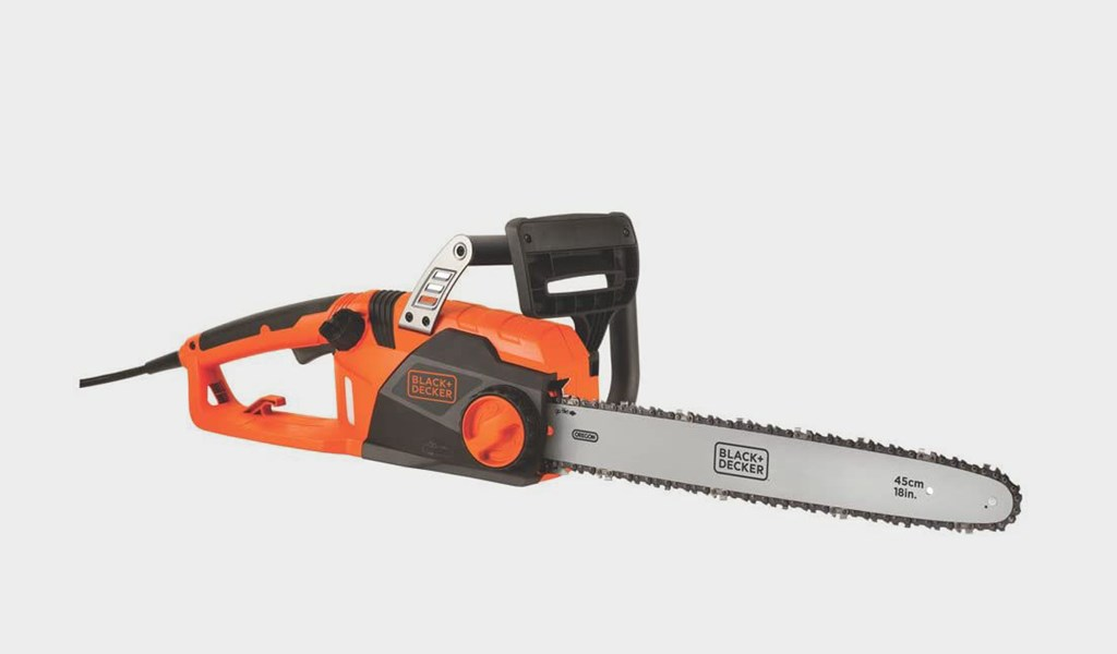 8 - BLACK+DECKER CS1518 Electric Chainsaw 18-Inch - Best for beginners
